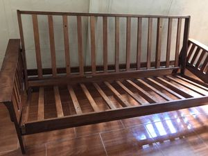 """Wood Futon with 12"""" mattress for Sale in Hialeah, FL"""