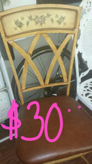 Set of 2 chairs for Sale in Apex, NC