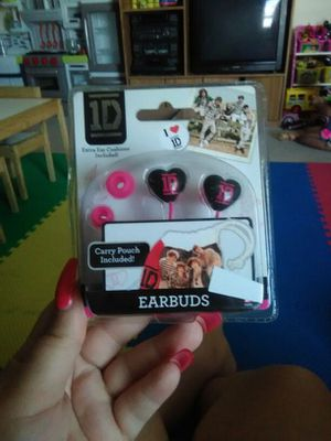 Id earbuds with pouch x2 for Sale in Hutto, TX