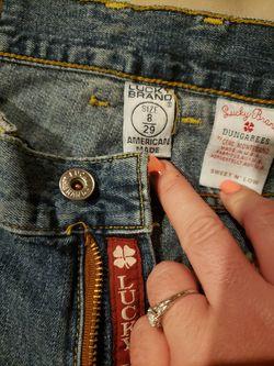 Women's Lucky Brand jeans sz 8/29 Thumbnail