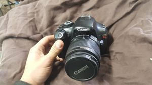 Canon t3 dslr camera with 28-105mm lens for Sale in Baltimore, MD