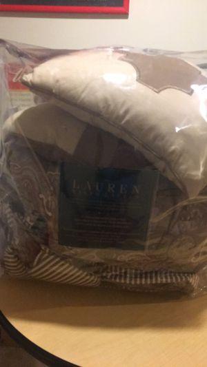 Queen Comforter, Ralph Lauren, includes 3 pillow for Sale in Fairfax Station, VA