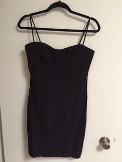 Simple Black Dress Thumbnail