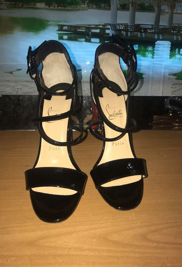 huge discount 89c4a ac892 Choca Criss Sandal red bottoms size 5.5 for Sale in Chicago ...