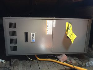 3 1/2 ton up flow gas furnace for Sale in Houston, TX