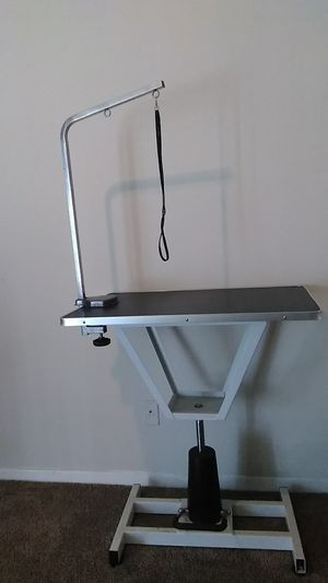 Grooming table for Sale in Washington, MD