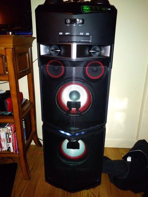 Lg 1800 watt party speaker for Sale in Colorado Springs, CO - OfferUp