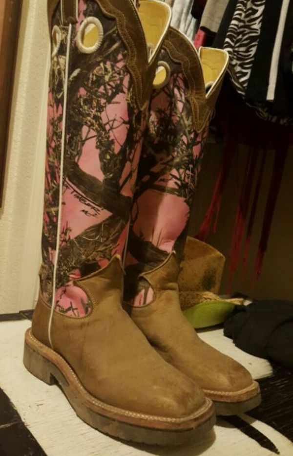 b4e282b712846 Size 7 Pink camo Snake proof Justin boots for Sale in Woodland, CA ...