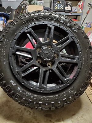 Photo 20 Toyota Tundra/Sequoia Wheels And Tires