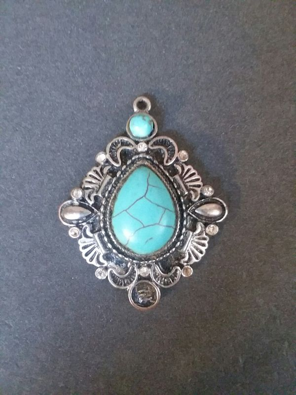 Turquoise pendant jewelry accessories in payson az offerup aloadofball Images