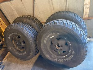 Photo Four 35x12.50r15 radial Mud Star tires on Jeep xj wheels