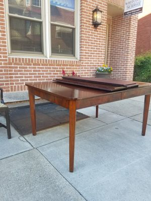 Early 1900s Dining Room Table And Chairs For Sale In Lancaster PA