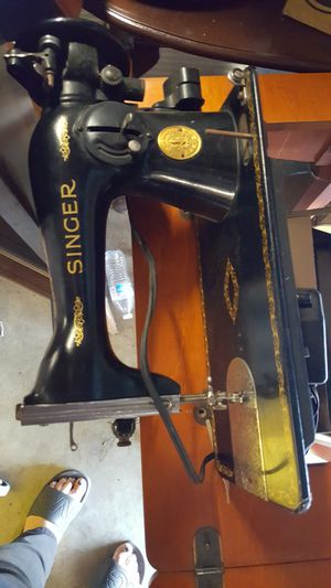 Sewing machine for Sale in Corona, CA