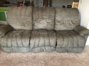 Reclining couches 2 piece set for Sale in Manassas Park, VA