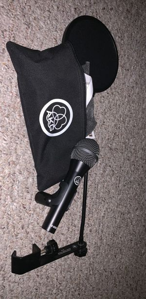 AKG microphone and pop filter for Sale in Orlando, FL