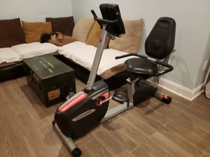 Schwinn sr23 recumbant seated sitting exercise fitness bike with workouts for Sale in Washington, DC