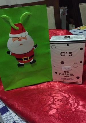 Perfume para dama #5 Chanel $35 for Sale in Manassas, VA