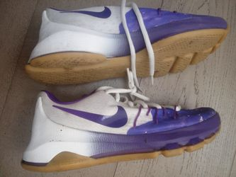Kevin Durant Kd Sneakers 4.5 Us Y Like New Thumbnail