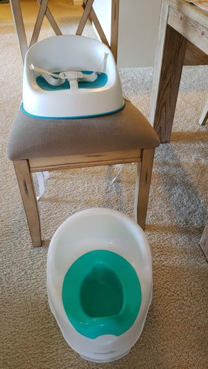 Lot of toodler booster seat and potty for Sale in Ashburn, VA