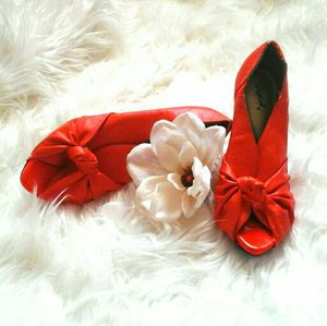 Qupid Orange Bow Twist Open Toe Heels! for Sale in Reno, NV