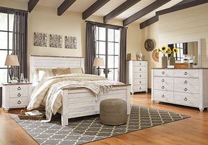 Willowton Queen Off White Bedroom Set NEW for Sale in Richmond, VA
