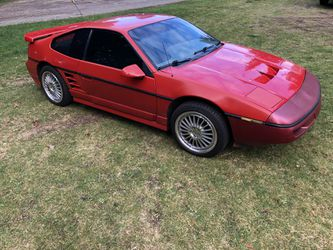 1988 Pontiac Fiero Thumbnail