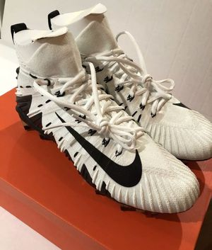 Nike Alpha Menace Elite Football Mid Cleats Mens White/Black Shoes 877141-100 for Sale in Alexandria, VA