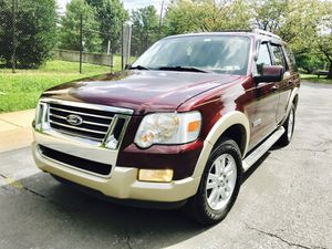 2006 Ford Explorer Eddie Bauer 4WD : drives Excellent for Sale in Silver Spring, MD
