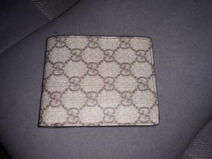 93bf012b44c3 New and Used Gucci wallet for Sale in Marysville, WA - OfferUp