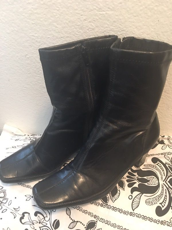 Preowned 💯Aerosoles ankle Boots 🎁