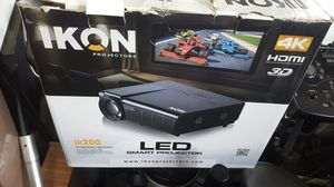 Ikon LED Smart Projector IK200  4k hdmi with screen for Sale in Baltimore, MD