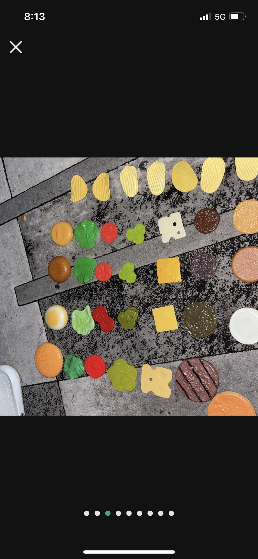 Play Cheese Burgers An Chips Set All $6