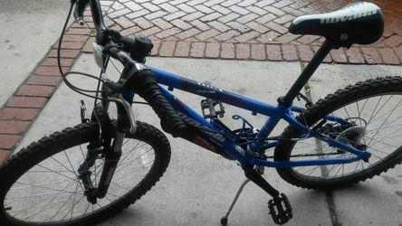 Novara Tracker 24inch..kids mountain bike Thumbnail