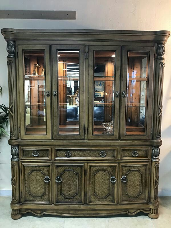 Solid Wood Light Up China Cabinet Hutch Curio Furniture In Oakland Park Fl Offerup