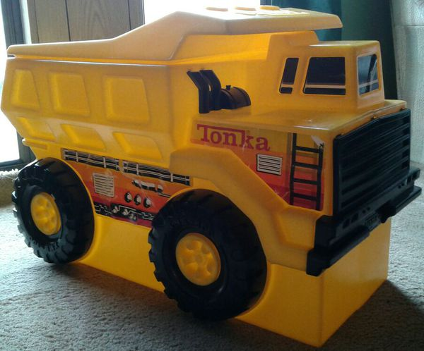 Large Tonka Dump Truck Toy Box for Sale in Vancouver, WA - OfferUp