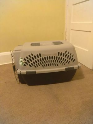 Small dog kennel/cage for Sale in Baltimore, MD