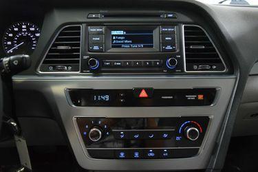 2016 Hyundai Sonata Thumbnail