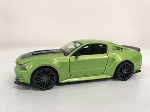 2014 Ford Mustang GT Maisto 1:24 Diecast for Sale in Tempe, AZ