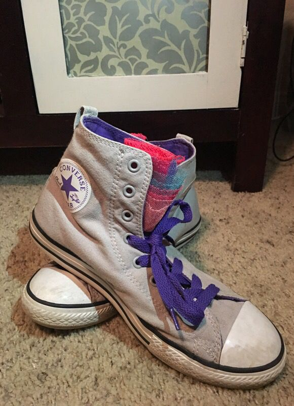 43b70eaf7dfa Converse size 6 women s grey pink purple shoes for Sale in San ...