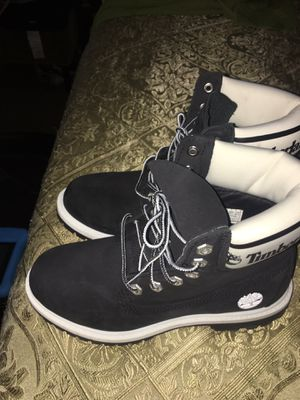 Photo Timbs size 5 1/2 from journeys paid $185 asking $130 worn once has the receipt but not the box