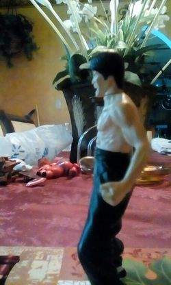 Bruce Lee figure Thumbnail