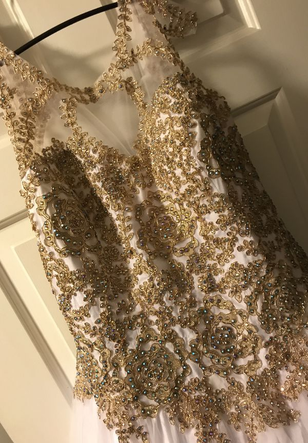 Wedding/Prom Dress (Clothing & Shoes) in Chesapeake, VA - OfferUp