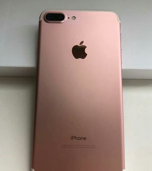 IPhone 7 Plus , 128GB UNLOCKED . Excellent Condition ( as like New) for Sale in Springfield, VA