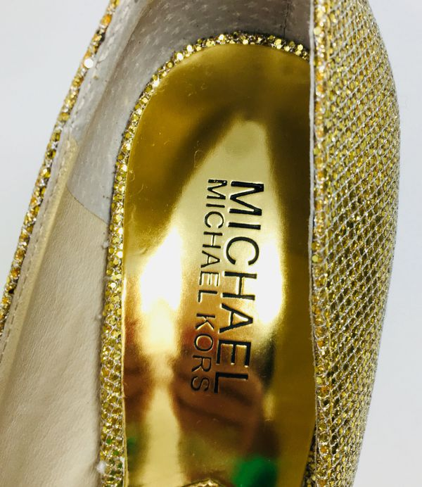 MICHAEL Michael Kors Gold Gideon Pumps