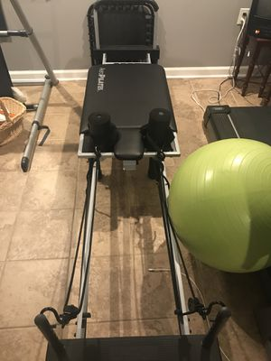 Aero Pilates Reformer with Cardio Bounce Board, DVD and quick start poster. for Sale in Manassas, VA
