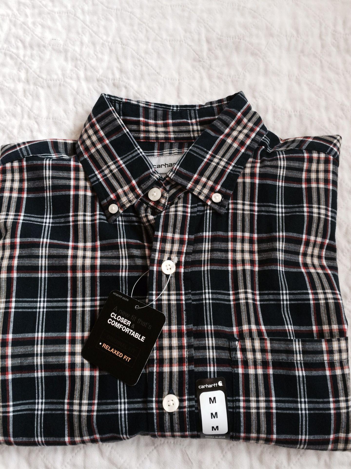 Carhart men's short sleeve shirt. Size medium