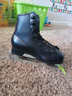 ice skates for kids Thumbnail