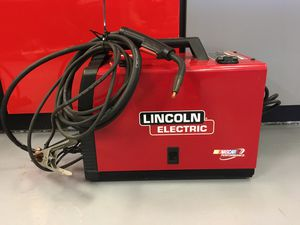Lincoln Electric Welder 62671 for Sale in Federal Way, WA