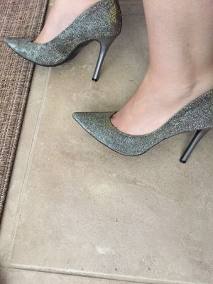 Guess heels gold/silver for Sale in Los Angeles, CA
