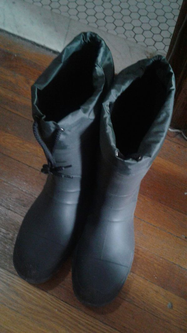 5eed883998c New and Used Snow boots for Sale in Grosse Pointe, MI - OfferUp